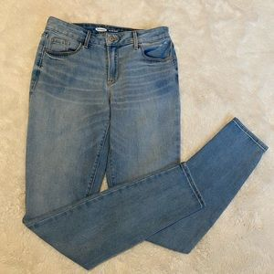 Old Navy Pop Icon Lightwash Skinny Jeans size 4 long